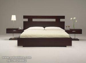 Set Tempat Tidur Jati Minimalis Natural