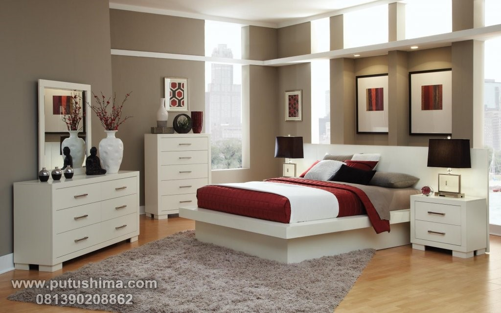 Set Kamar Minimalis Natural